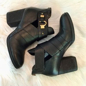 Isola Ladora Leather Ankle Boots, 9